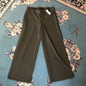 NWT Loft green wide leg crop pants